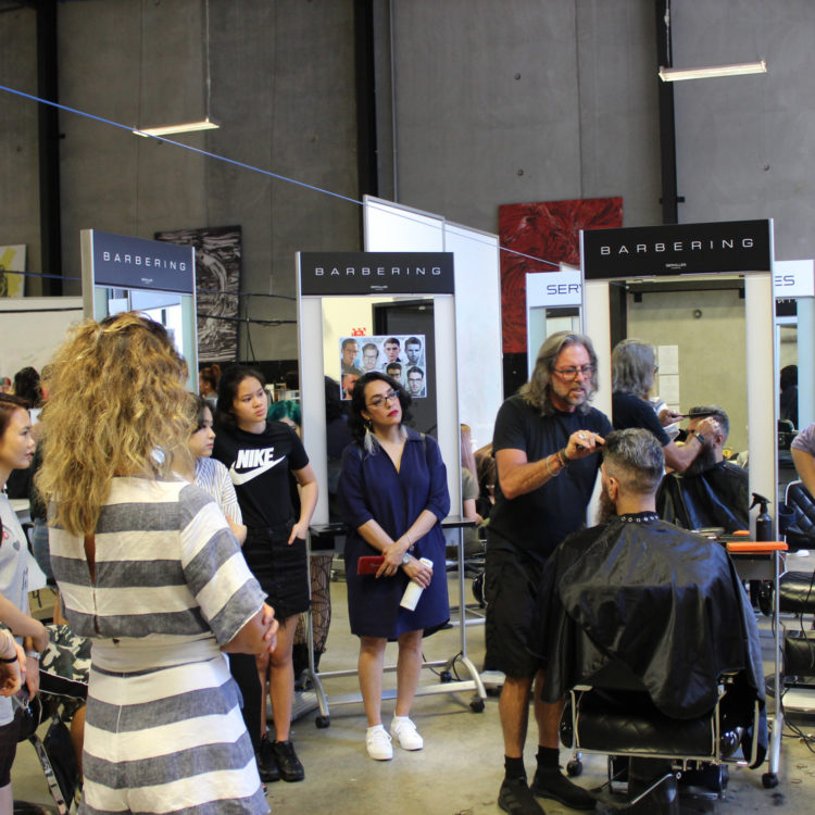 Barber demo by Paul Servilles in Servilles Academy salon