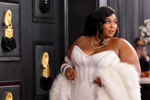 lizzo-attends-the-62nd-annual-grammy-awards-at-staples-news-photo-1580077990-elle