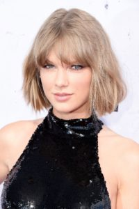 taylor-swift-ashy-blonde-hair-colour-style-redbook-servillesacademy