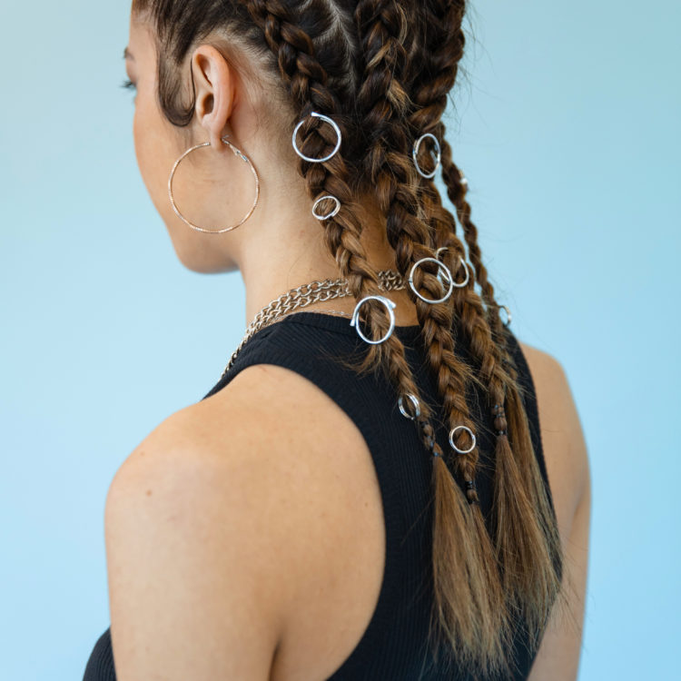 Braids with rings