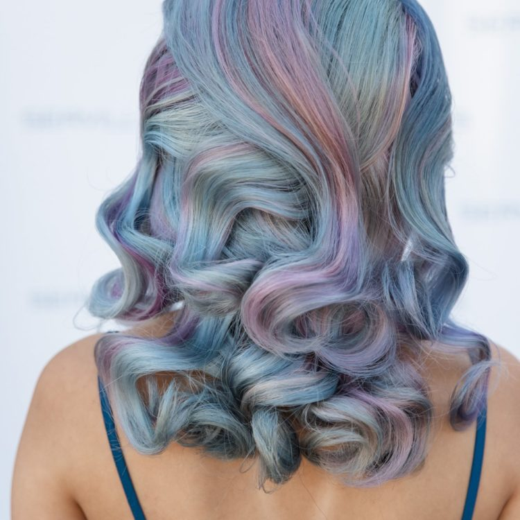 Pastel curled hairstyle